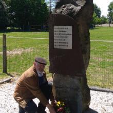 Herdenking monument Anjerstraat